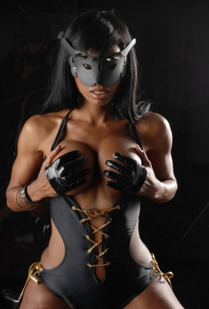 Shemale Blindfold Pics